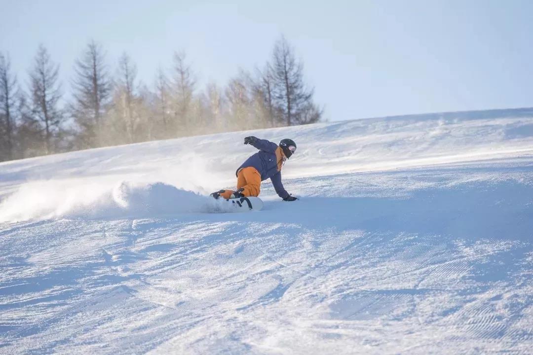 无滑雪,不冬天,猿人山滑雪场等你来~